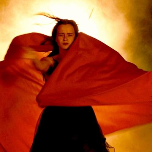 """""""Manto rojo"""", el tercer videoclip de """"Gracias Deolinda, Hay Cumbia!"""" ya está en las redes"""